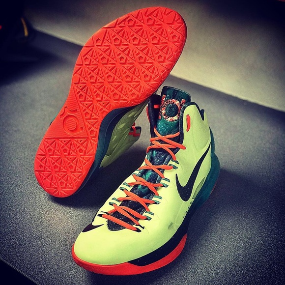 online store fca54 06b30 Nike: KD All-Star Area72 'Extraterrestrial' Sz: 14